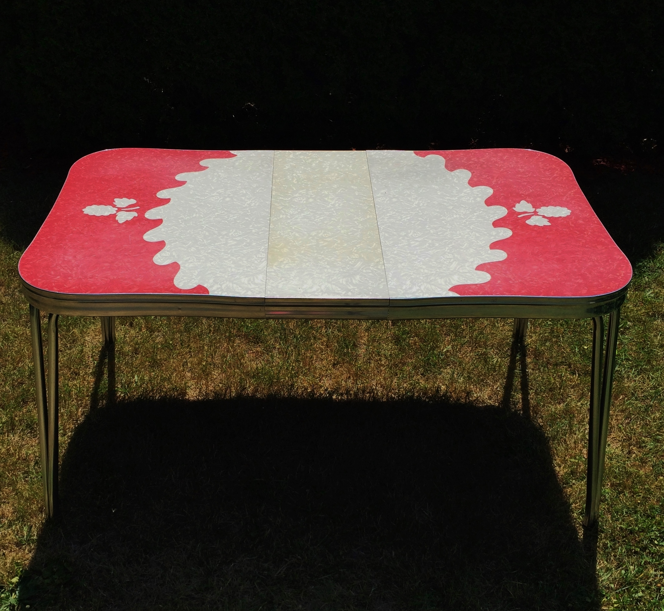 Vintage Red Cracked Ice Formica Chrome Table   Image 5 Of 11