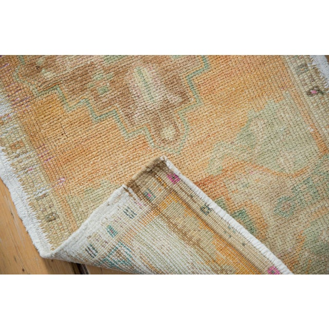 "Shabby Chic Vintage Distressed Oushak Rug Mat - 1'6"" X 2'10"" For Sale - Image 3 of 6"