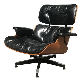 Mid Century Ray and Charles Eames Walnut and Leather 670 Lounge Chair For Sale