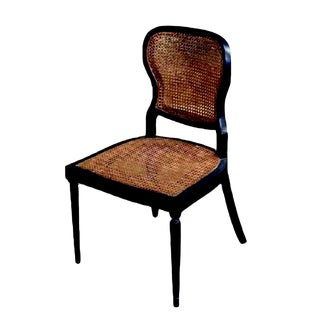 """The Beauty of American Handwork """"Moore"""" Dining Chair For Sale"""