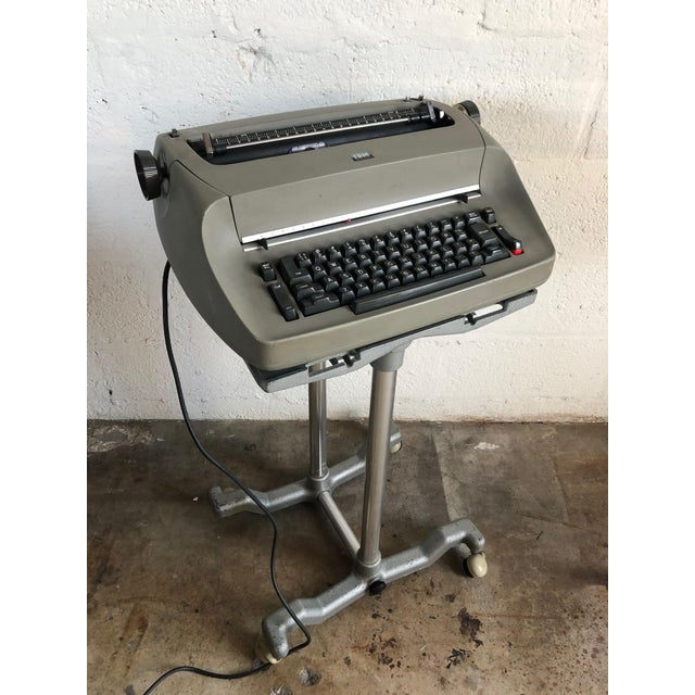 Vintage Ibm Selectra I Electric Typewriter For Sale In Miami - Image 6 of 7