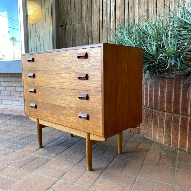 Mid-Century Modern 1950s Børge Mogensen for Søborg Danish Modern Teak Chest For Sale - Image 3 of 12