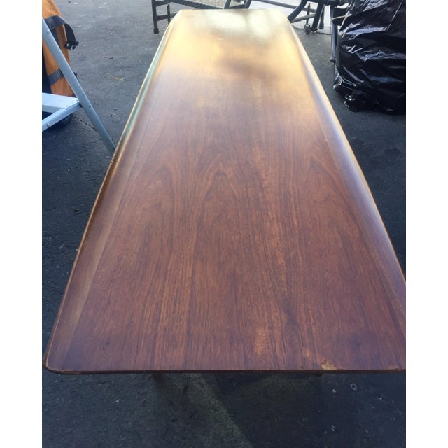 Mid-Century Modern Vintage Bassett Walnut Surfboard Coffee Table For Sale - Image 3 of 8