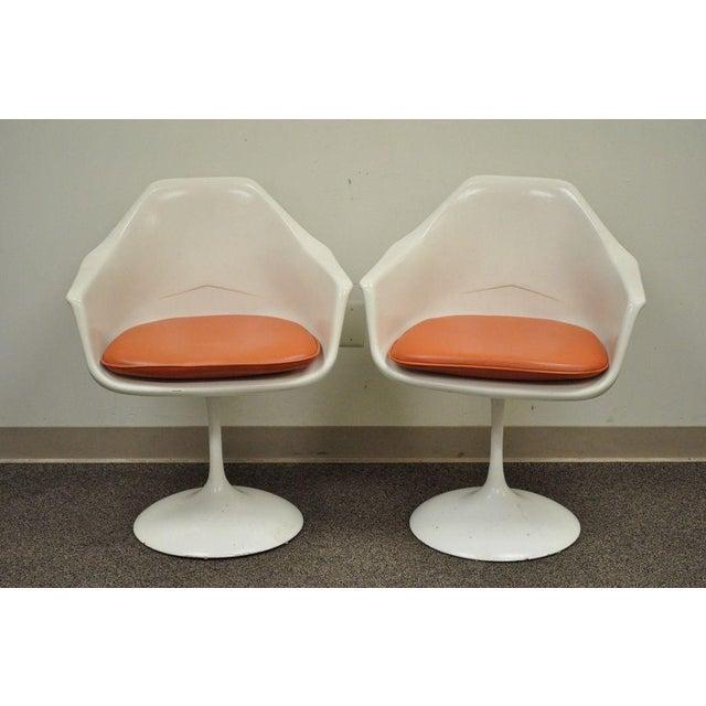 "Vintage Mid Century Modern Tulip Dining Set 42"" Table 4 Chairs Burke Saarinen - Image 4 of 11"