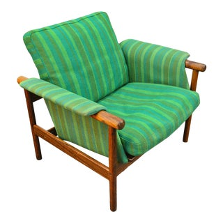 Illum Wikkelsø Wiki Lounge Chair in Rosewood For Sale
