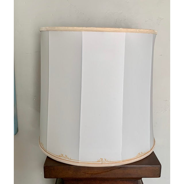Mid-Century Modern 1950's Hand Made and Painted Signed Helen Woods Cream and Gilt Silk Designer Lampshade For Sale - Image 3 of 6
