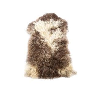 "Handmade Wool Sheepskin Pelt Rug - 2'5""x3'5"" For Sale"