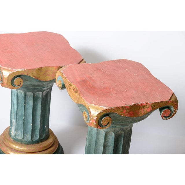 1950s Polychromed Wood Roman Fluted Columns Pillars Pedestal Stools, A-Pair For Sale - Image 5 of 12