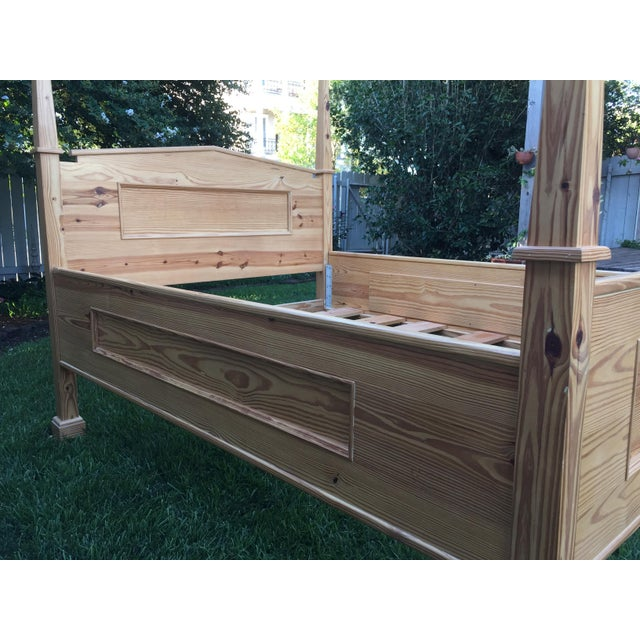 Americana 1990s Vintage Custom-Built Natural Pine Queen Bed For Sale - Image 3 of 10