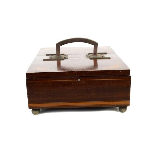 19th Century Unusual English Gentleman Box For Sale - Image 4 of 9