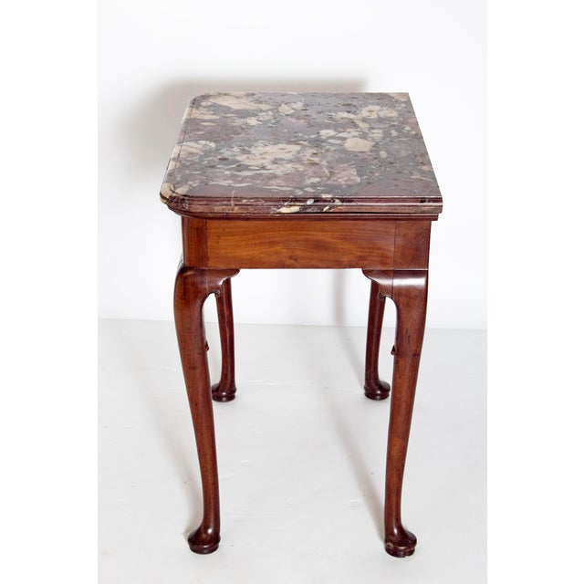 Early 18th Century Early 18th Century Queen Anne Mahogany Side Table For Sale - Image 5 of 13