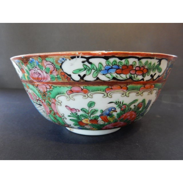 Antique Chinese Export Porcelain Rose Medallion Bowl For Sale In New York - Image 6 of 11