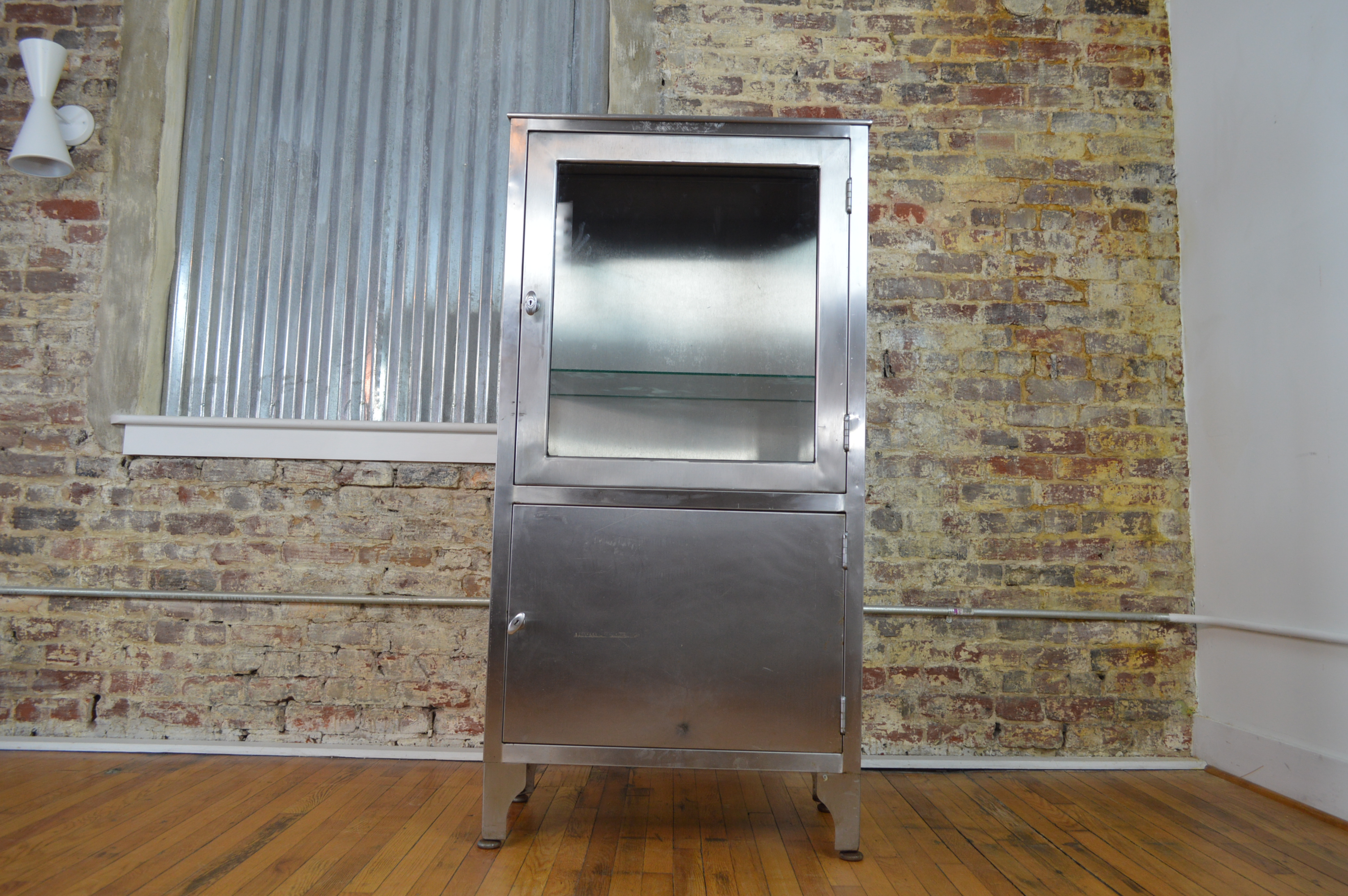 Industrial Modern Stainless Steel Medical Cabinet   Image 2 Of 8
