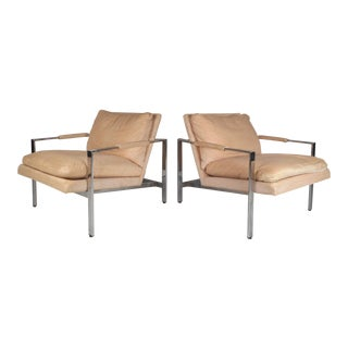 Pair of Flat Bar Chrome Lounge Chairs by Milo Baughman for Thayer Coggin For Sale