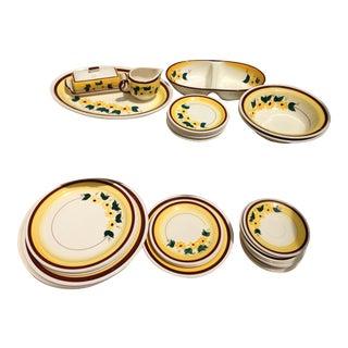 Vernon Kilns Brown Eyed Susan Flower Tableware - Set of 35 For Sale