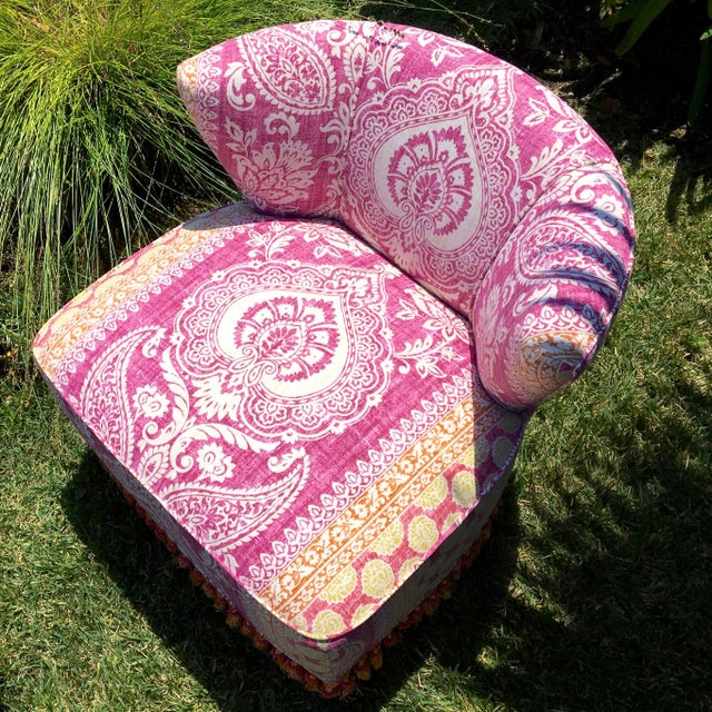 1960s Mid-Century Modern Block Print Pattern Swivel Slipper Chairs - a Pair For Sale - Image 5 of 8