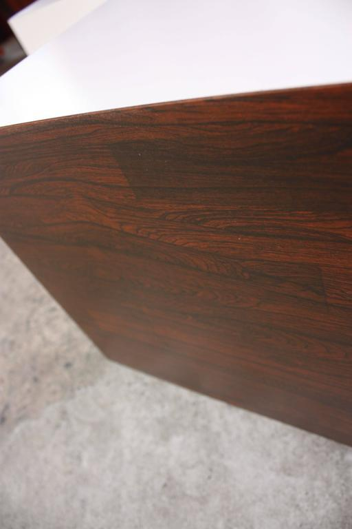 Diminutive Rosewood And Laminate Cube End Tables   Image 9 Of 10