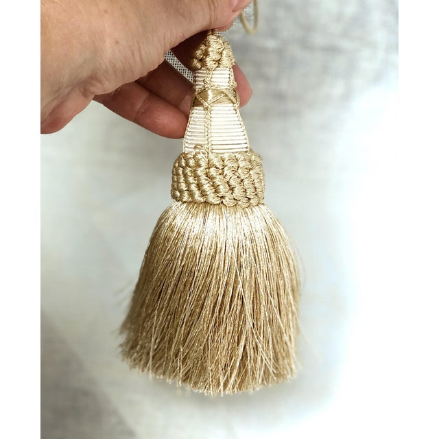 """Champagne and White Key Tassels With Cut Ruche Trim - Tassel Height 5.75"""" For Sale In New York - Image 6 of 11"""