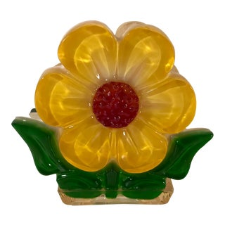 Mid Century Modern Yellow Flower Lucite Napkin Holder For Sale