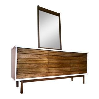 Bassett Furniture Mid-Century Dresser and Mirror For Sale