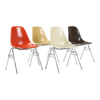 1960s Vintage Eames for Herman Miller Fiberglass Shell Chairs - Set of 4 For Sale
