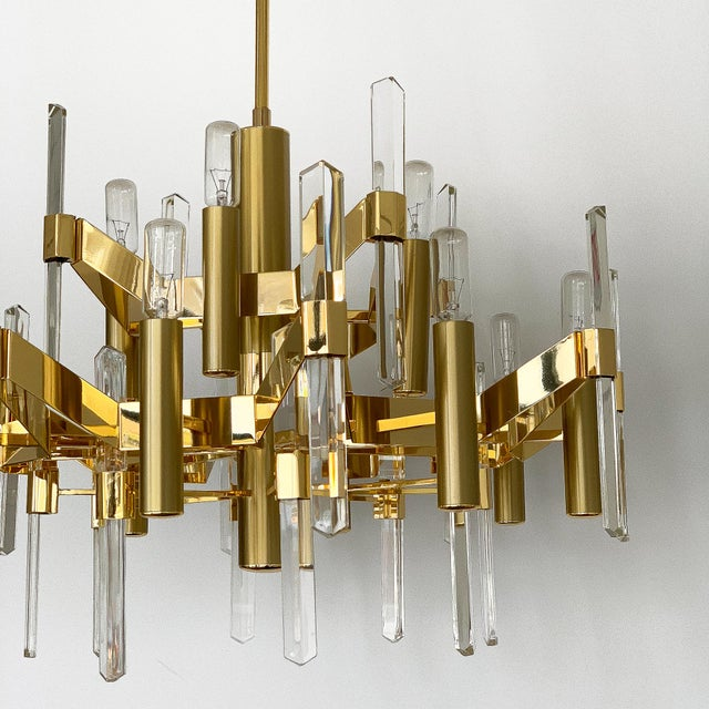 Gold-Plated Brass and Crystal Chandelier by Gaetano Sciolari For Sale In Chicago - Image 6 of 12