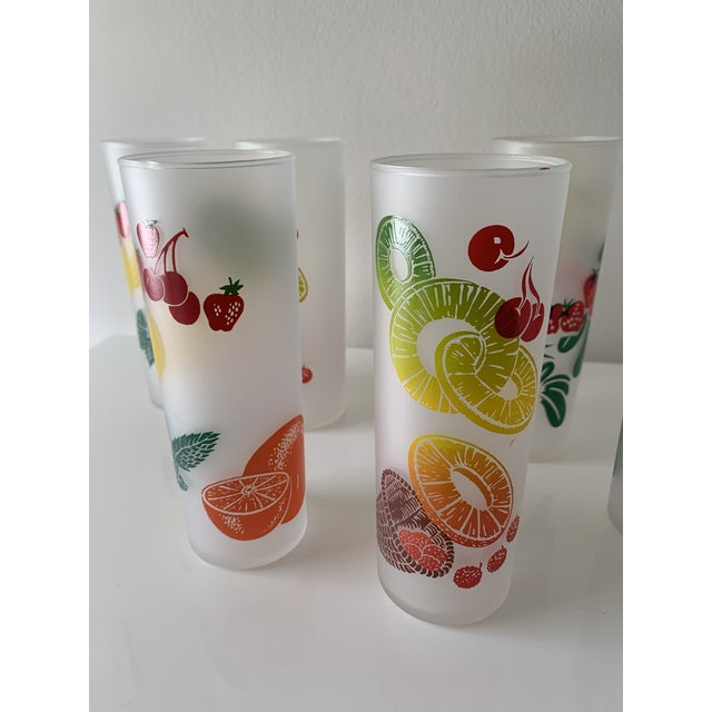 Mid-Century Modern Vintage Mid Century Federal Glass Colorful Fruit Tumblers - Set of 7 For Sale - Image 3 of 5