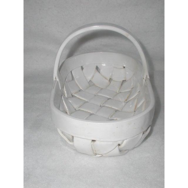 Cottage Vintage Ceramic Lattice Handled Bowl or Planter For Sale - Image 3 of 8