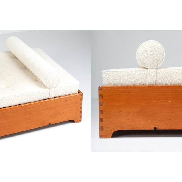 Wood 1960s French Elm Daybed in Boucle Wool For Sale - Image 7 of 8