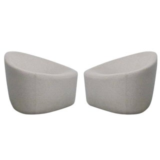 Zanotta Italian Modernist Sculptural Upholstered Lounge Chairs - a Pair For Sale