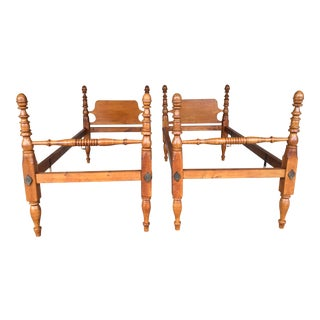 Frederick Duckloe Tiger Maple Childs Twin Acorn Poster Beds - a Pair For Sale