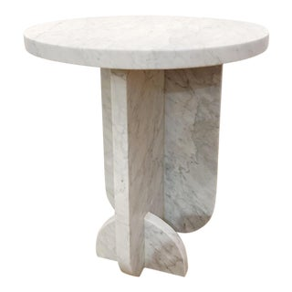 Minimalist Fin Marble Side Table For Sale