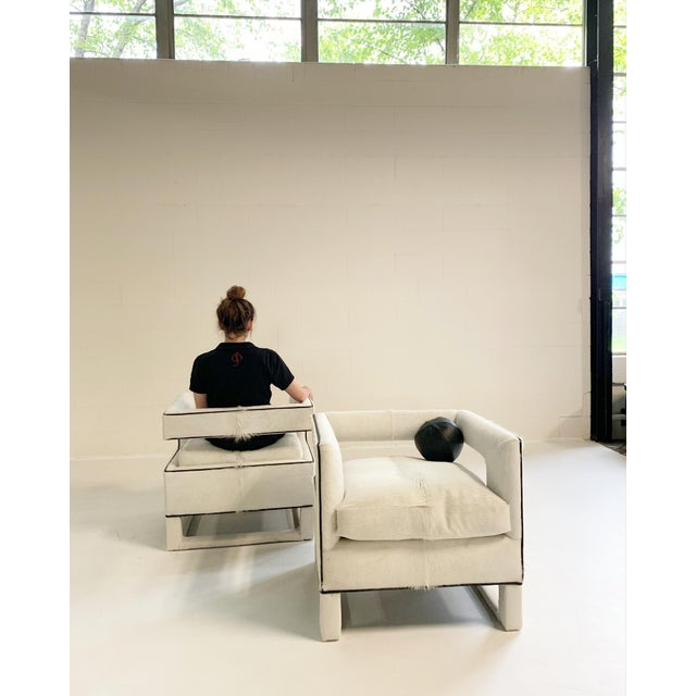 20th Century Modern Cube Lounge Chairs in Brazilian Cowhide - a Pair For Sale In Saint Louis - Image 6 of 12