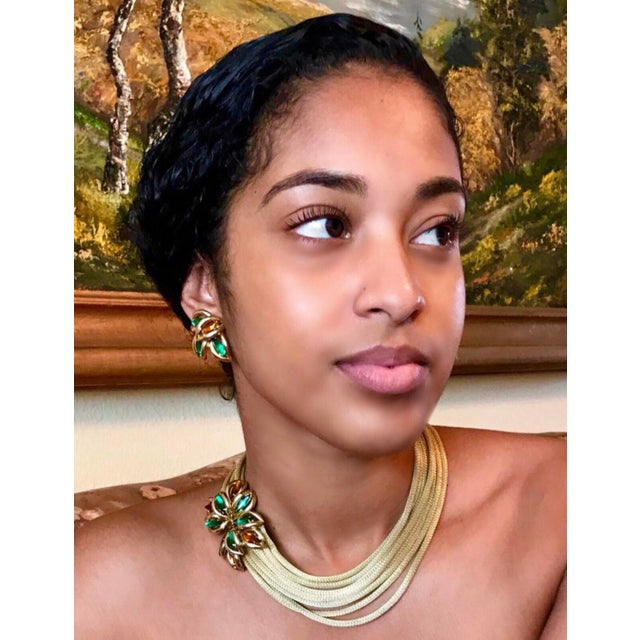 Mid-Century Modern 1960s Green and Topaz-Yellow Marquis Torsade Necklace and Earring Set For Sale - Image 3 of 7