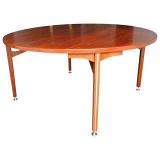 Danish Modern Walnut Dining Table by Jens Risom C.1960s For Sale