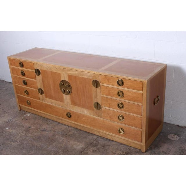 1950s Cabinet Designed by Edward Wormley for Dunbar For Sale - Image 5 of 10