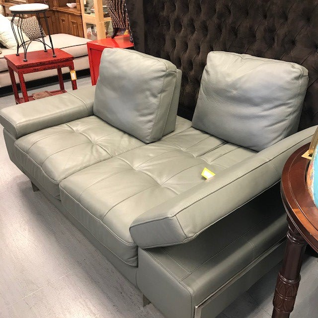 2010s Grey Leather Convertible Love Seat For Sale - Image 5 of 6