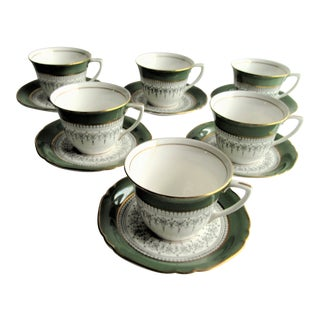 "6 Cups, 6 Saucers, Royal Worcester ""Regency"" Green Bone China, Made in England - 12 Pieces For Sale"