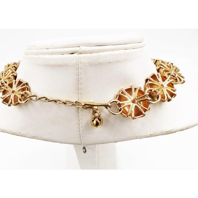 Mid-Century Modern 1950s Napier Goldtone Florentine Finish Necklace For Sale - Image 3 of 8