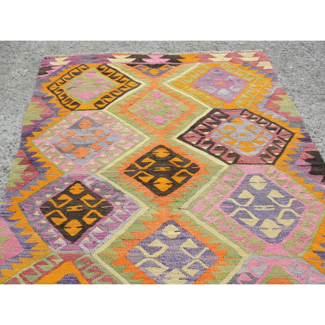 Vintage Turkish Kilim Rug - 5′5″ × 7′8″ For Sale In Houston - Image 6 of 11