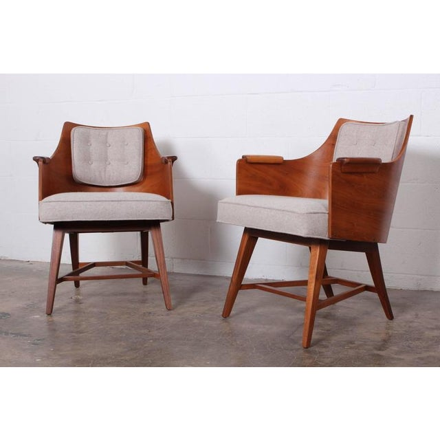 Dunbar Furniture Rare Pair of Lounge Chairs by Edward Wormley for Dunbar For Sale - Image 4 of 10