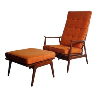Lounge Chair With Matching Ottoman in Walnut Attributed to Milo Baughman For Sale