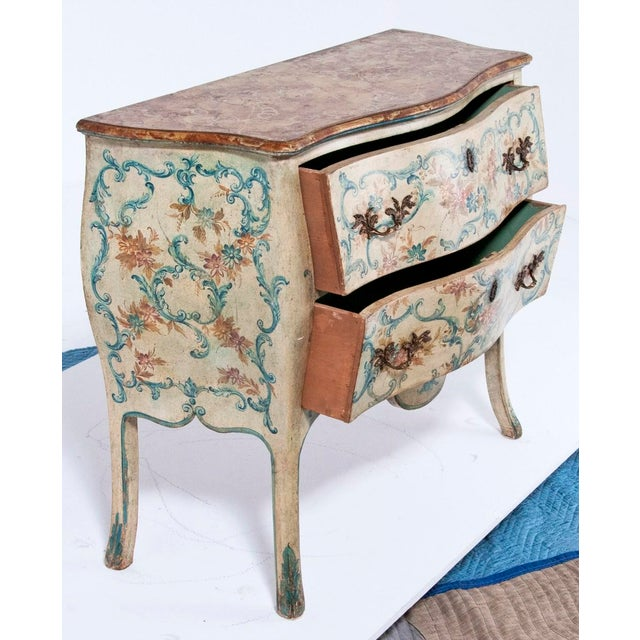 Gold Mid 20th Century Italian Painted Commodes - a Pair For Sale - Image 8 of 8