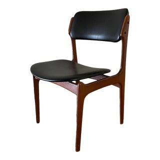 Mid-Century Modern Rosewood Side Chair Model 49 For Sale