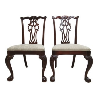 1990s Vintage Ethan Allen 18th Century Mahogany Dining Room Side Chairs- A Pair For Sale