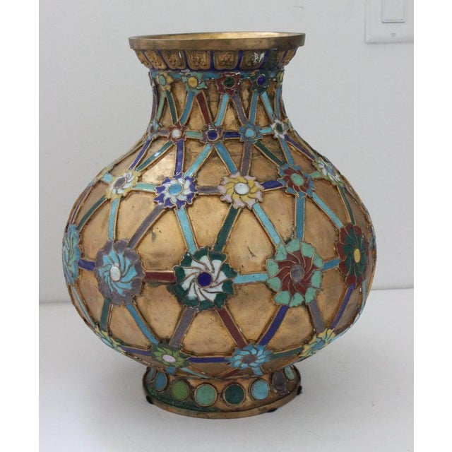 Metal Antique 1920s Chinese Cloisonné Vase in Brass With Crossbanding and Floral Medallions For Sale - Image 7 of 13