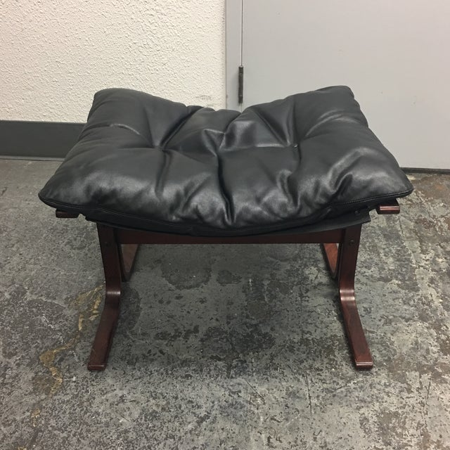 Westnofa Furniture Mid-Century Leather & Teak Chair & Ottoman - Image 7 of 8