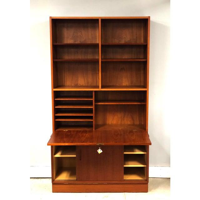1970s Danish Modern Hundevad Teak Wall Unit Desk & Bookcase For Sale - Image 11 of 11