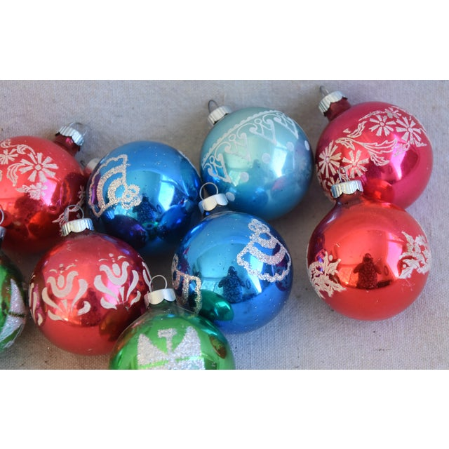 Vintage Colorful Christmas Ornaments W/Box - Set of 10 For Sale In Los Angeles - Image 6 of 8