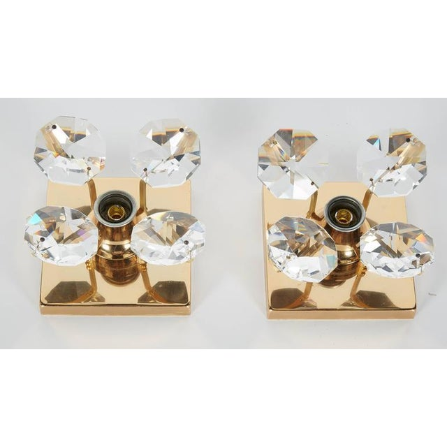 Christoph Palme Pair of Cut Crystal and Gold Hollywood Regency Sconces by Christoph Palme For Sale - Image 4 of 13
